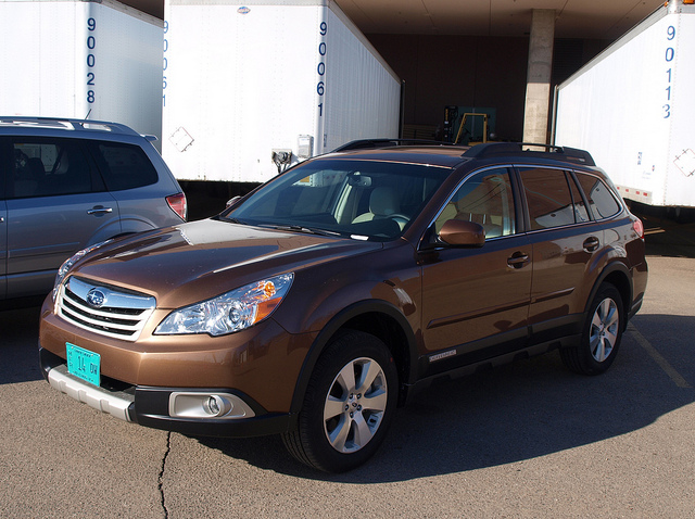 2012 Subaru Outback 3.6R - Photo by Randy Stern