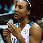 Candice Wiggins of the Minnesota Lynx shared her personal story of  the loss of her father, Allan Wiggins who played for the San Diego Padres, to Aids in a post-game exchange with fans.