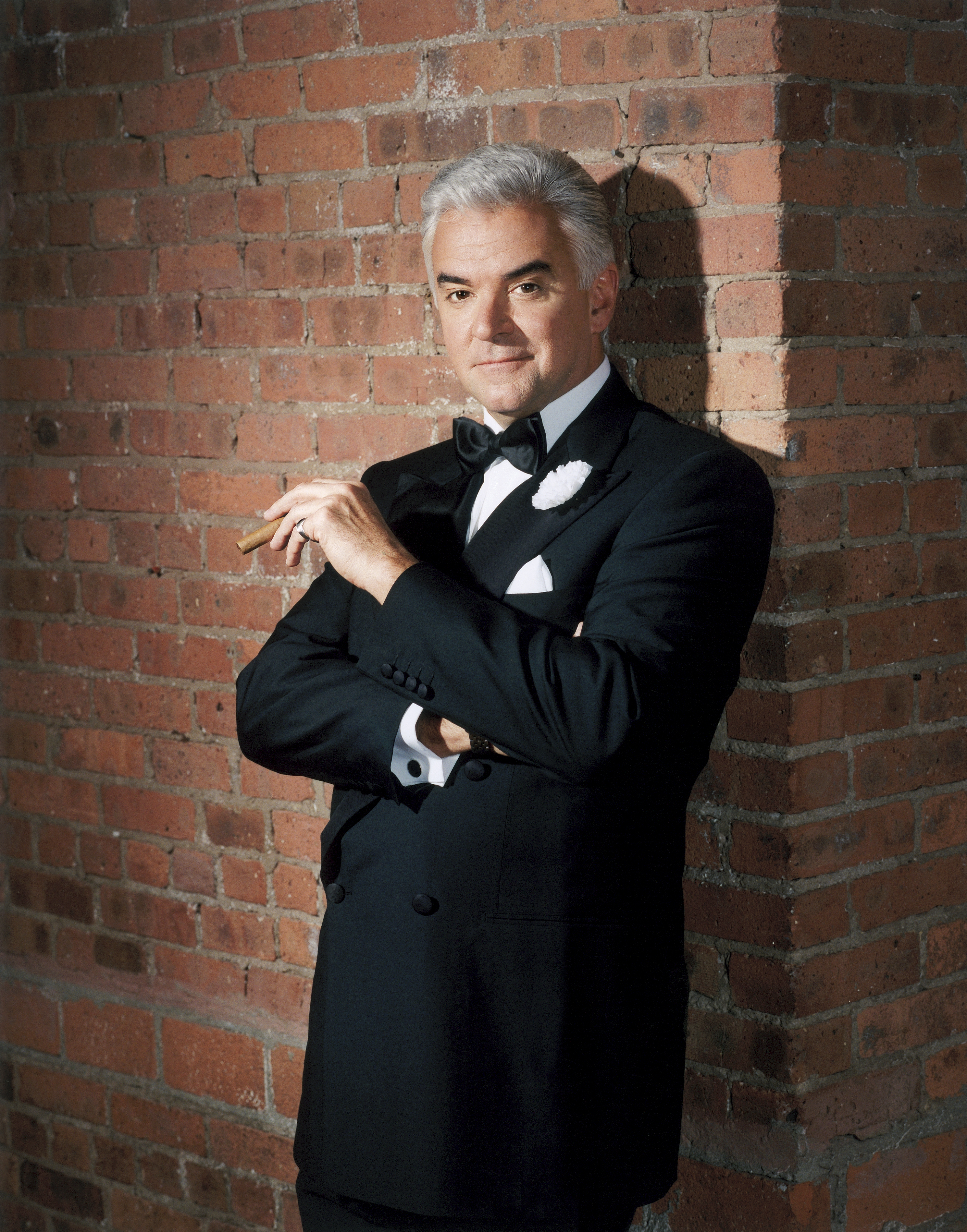 John O&#039;Hurley stars as Billy Flynn. Photo courtesy of Ordway Center.