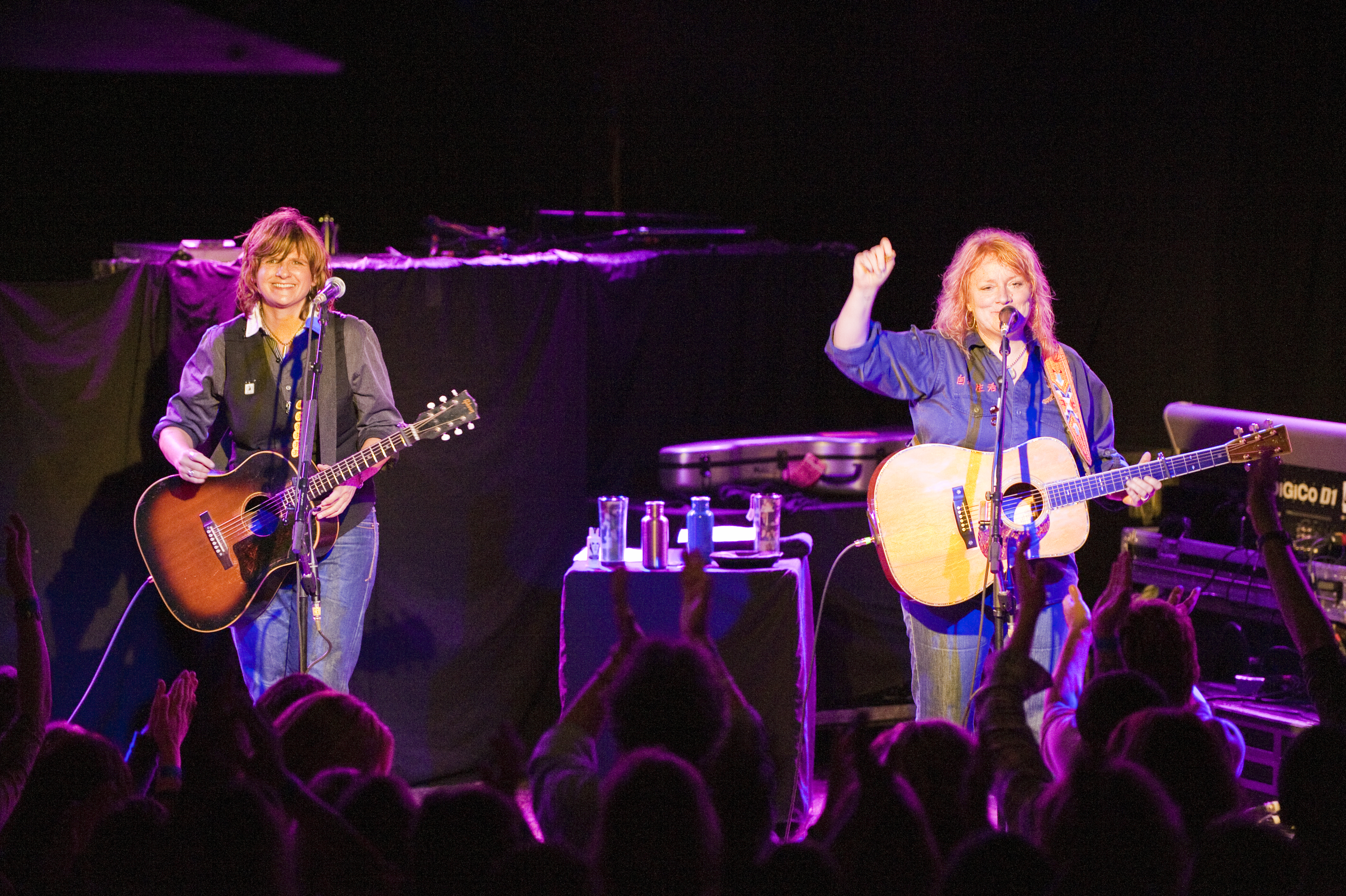 Indigo Girls. Photo by Lynn Goldsmith.