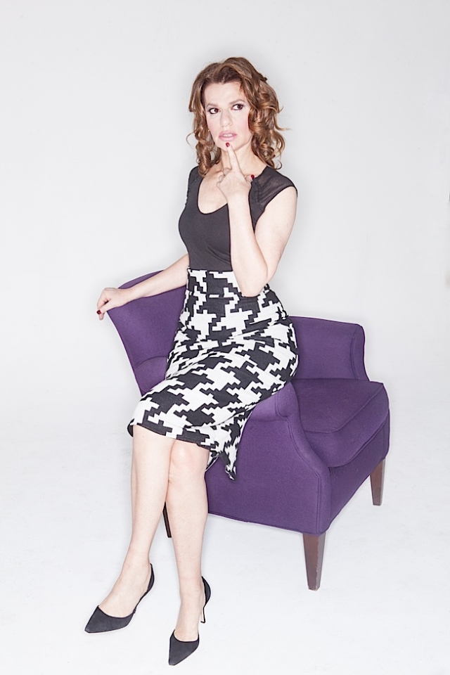 Sandra Bernhard color photo 4